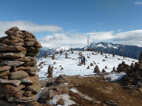 [2012-03-11] Schneeschuh-Wanderung am Tschögglberg