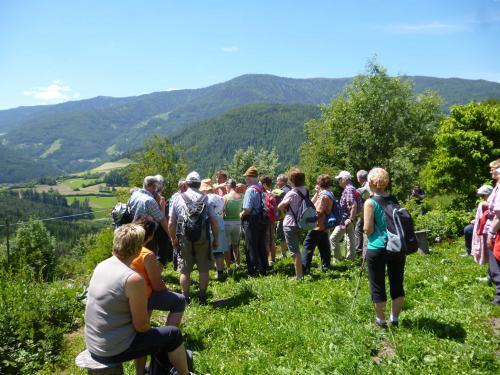 [2013-06-13] Kräuterwanderung in St. Lorenzen (Bus)