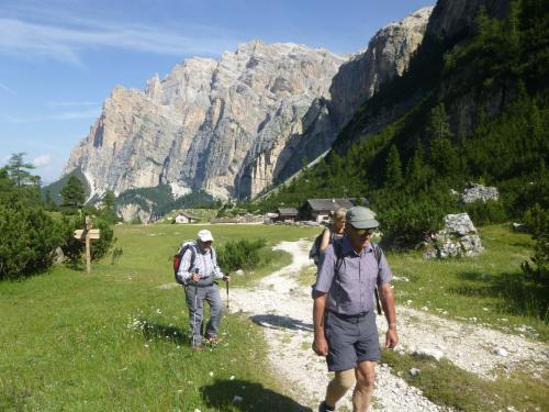 [2015-07-19] Bergtour über den Kaiserjäger-Steig zum Lagazoi und Dolomiten-Höhenweg nach Armentero
