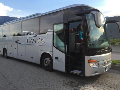 [2016-04-30] Familienwanderung Alpenzoo - Innsbruck (Bus)