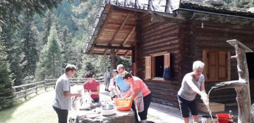 [2019-08-22] Wanderung nach St. Moritz und zur Forsthütte an der Steinrast